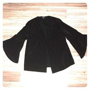 Roz&Ali bell-sleeved, pinstriped blazer